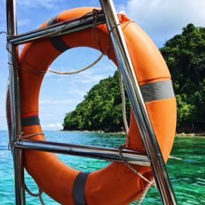 Boat tour to Gaya Island