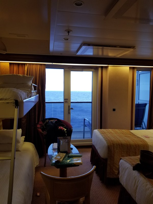 Suite 6183 On Carnival Pride Category U3