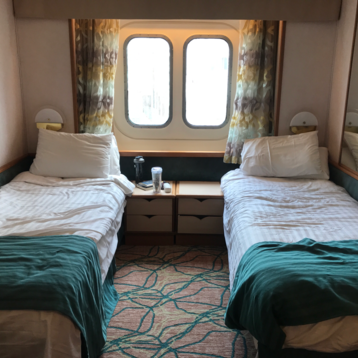 Large Oceanview Stateroom on Vision of the Seas