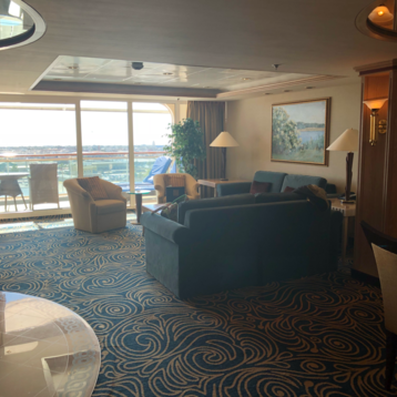 Royal Suite with Balcony on Vision of the Seas