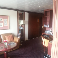 Neptune Suite room looking from balcony to inside door
