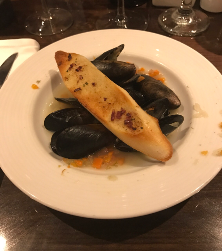 Steamed Mussels (Appetizer) - Carnival Magic