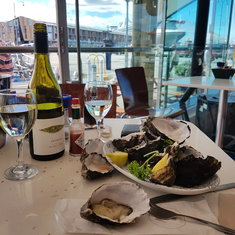 Tasmanian oysters and NZ wine