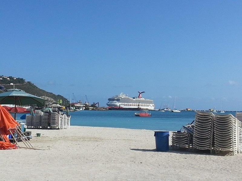 Ship in St Martin - Carnival Valor