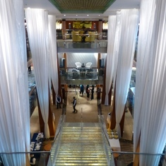 Celebrity Infinity - Grand Staircase