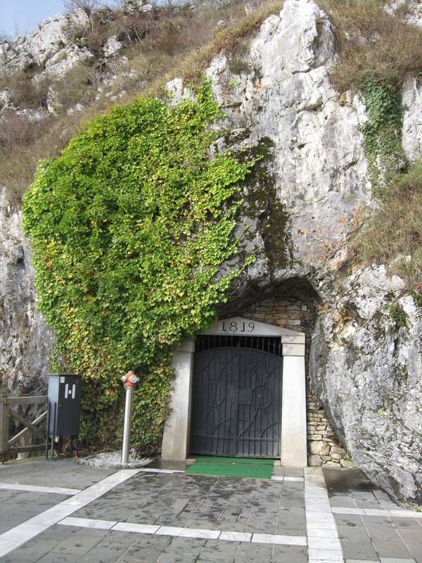 Entrance to 35 miles of Slavonia caves - Pacific Princess
