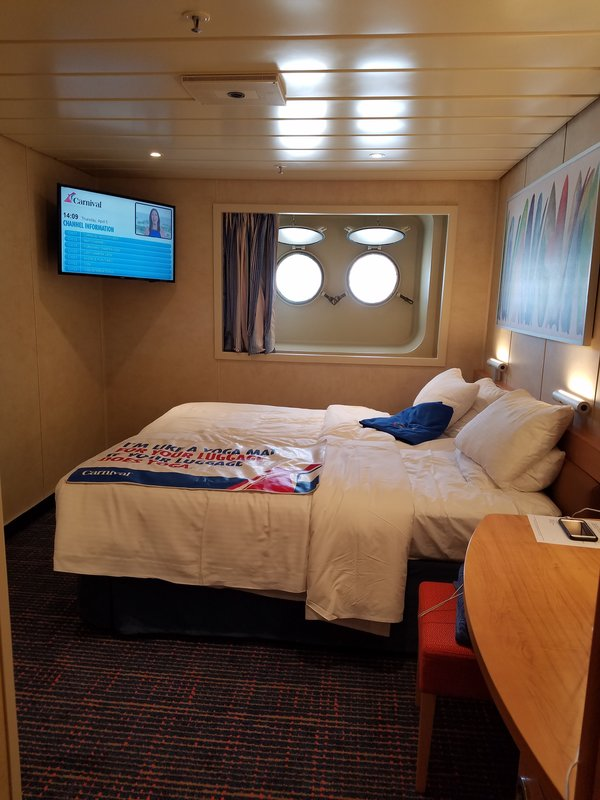 Inside Cabin E7 On Carnival Paradise Category Pc