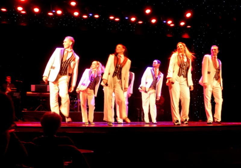 Amsterdam Singers & Dancers performing - Amsterdam