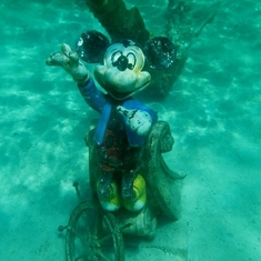 Castaway Cay (Disney Private Island) - Mickey in Castaway Lagoon