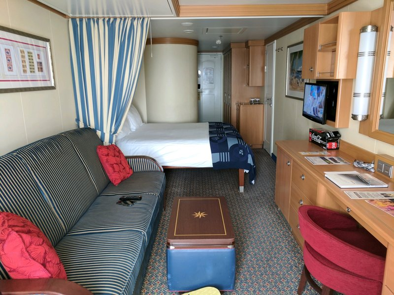 Deluxe Family Oceanview Stateroom Cabin Category 8d