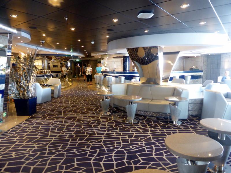 Lounge - MSC Divina