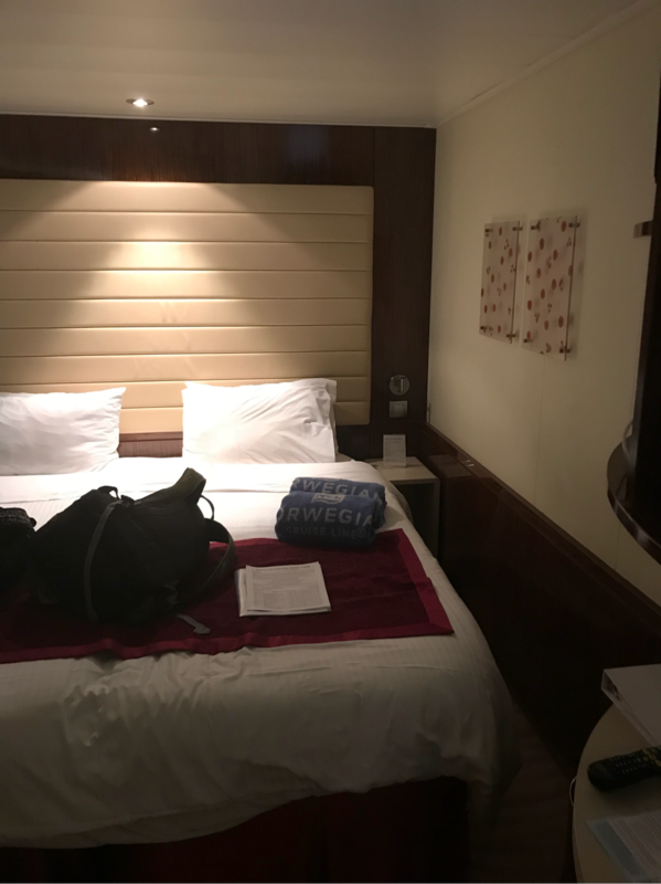 Mid Ship Inside Stateroom Cabin Category Ia Norwegian Epic