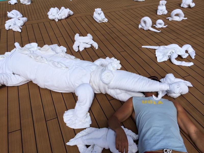 Towel-gator - Carnival Sunshine