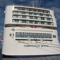 Nassau, Bahamas - stern