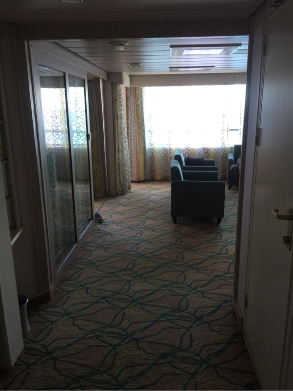 Royal family suite with balcony cabin category yw for Rhapsody of the seas cabins deck 2