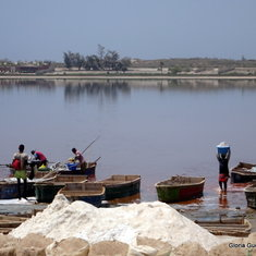 Pink Lake of Retba - harvesting salt from the river