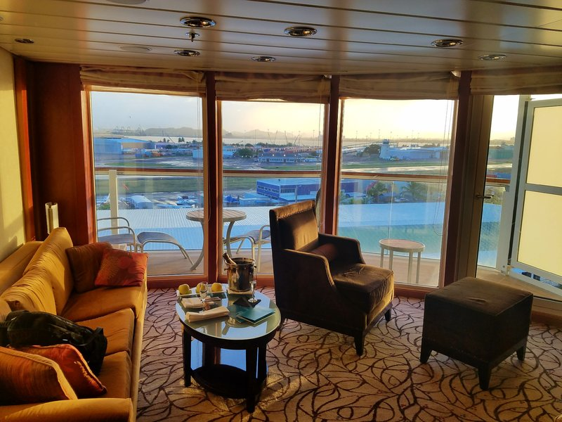Suite 9098 on Celebrity Constellation, Category C1