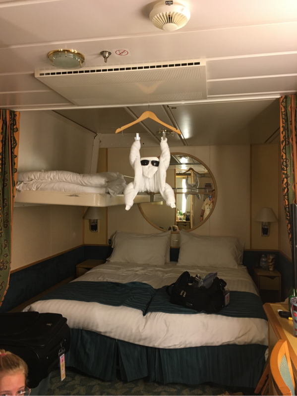 Interior Stateroom Cabin Category Sk Liberty Of The Seas