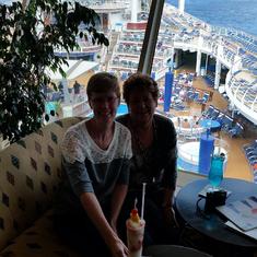 Royal Caribbean Explorer at Dizzy's Lounge