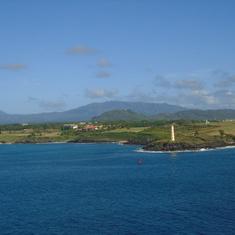Nawiliwili, Kauai - approaching Kaui Pier