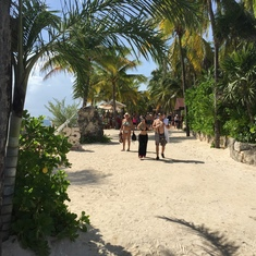 One of the pathways to Xcaret beach