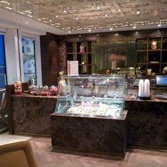 Cafe al Bacio and Gelateria on Celebrity Silhouette
