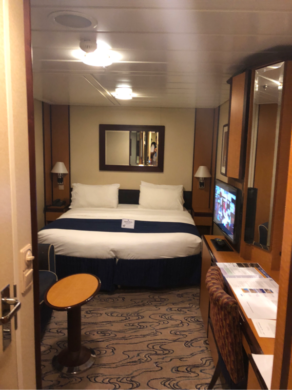 Interior Stateroom Cabin Category Sk Jewel Of The Seas