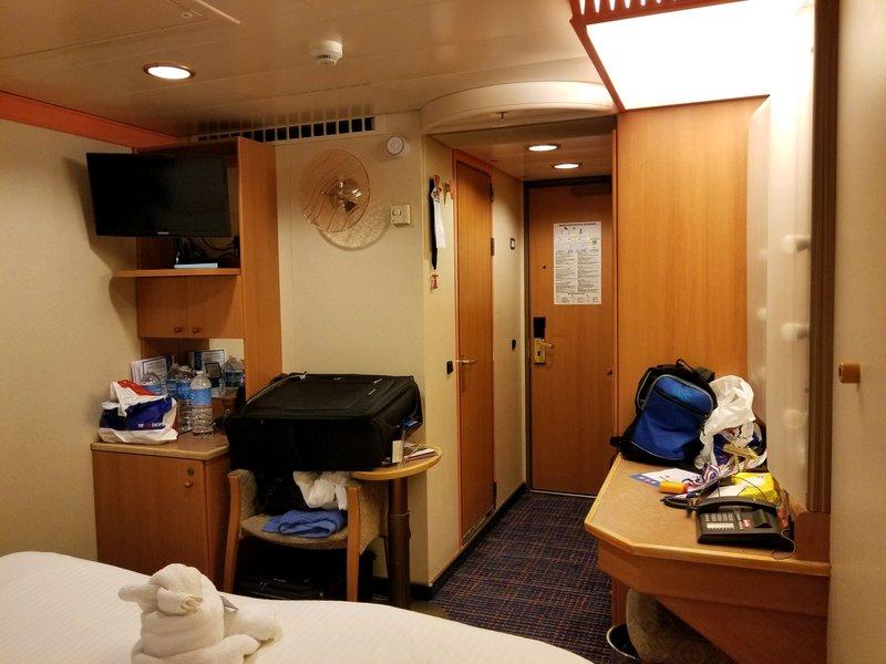 Interior Stateroom Cabin Category 4d Carnival Legend