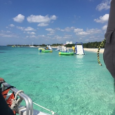 Cozumel snorkling tour to private beach to play