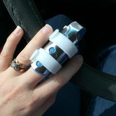 Finger cut2