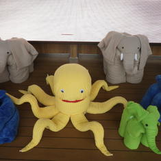 big towel animals on lido deck