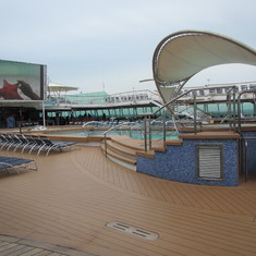 Deck 9 pool area