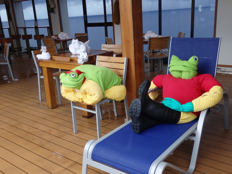Poolside towel animals - Carnival Pride