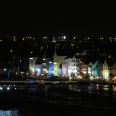 CuraCao at night leaving port