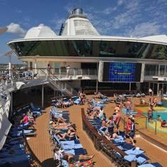 Pool on Brilliance of the Seas