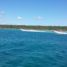 Racing speedboats to Saona Island (La Romana, DR)
