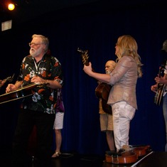 Jamming With Rhonda Vincent And Mo Pitney