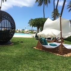 ResortForADay.com - Nassau Hilton