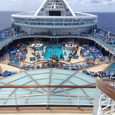 Caribbean Princess Pool Deck