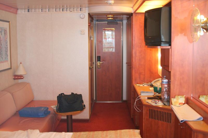 Carnival Legend cabin 8129 - stateroom