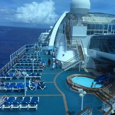 Caribbean Princess Sun Deck