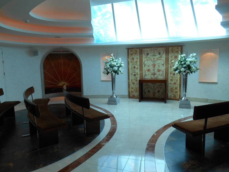 Starlight chapel 15th floor - Liberty of the Seas
