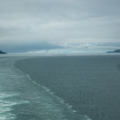 Sailing away from Hubbard Glacier