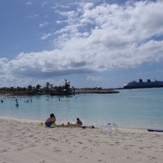 Castaway Cay (Disney Private Island) - It's rough being a castaway