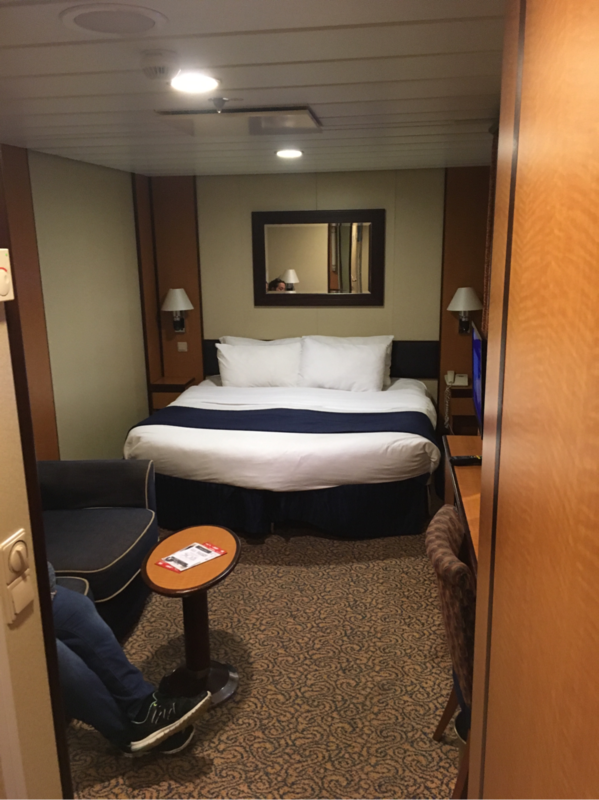 Interior Stateroom Cabin Category Sn Brilliance Of The Seas