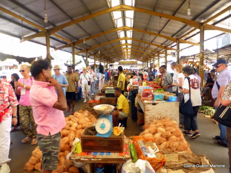 Pettah - Local Market in Colombo,  Sri Lanka - Amsterdam