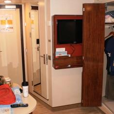 Desk, bathroom, closet