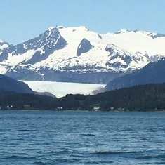Mendenhal Glacier while whale watching