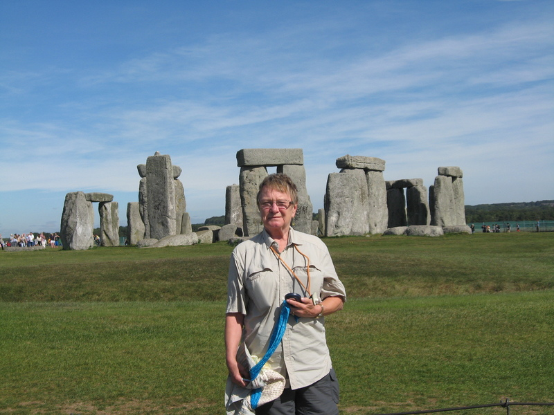 Southampton (London), England - Stonhenge--beautiful day