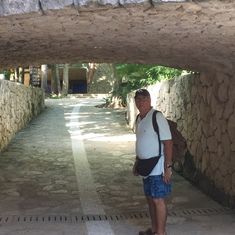 Under the bridge, Xcaret Park